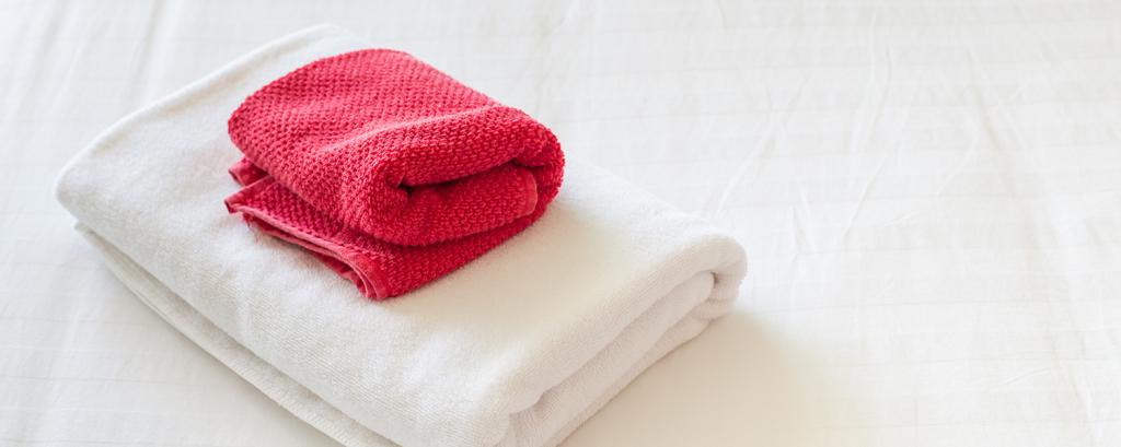 Ren tvätt. Vi tvättar arbetskläder, vitgods från hotell och restauranger samt övrig textil från kontoret.